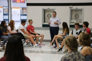 Battle Ground Mayor Mike Dalesandro addresses STRIPES mentors during their summer training session in August.