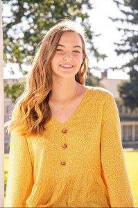 Rebekah Keithley senior photo